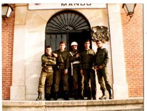 R 82-83 Puerta de Mando